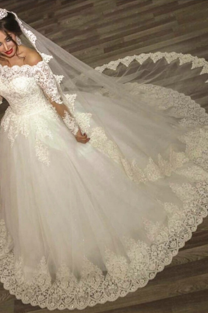 2018 ball gown wedding dresses long sleeves off shoulder