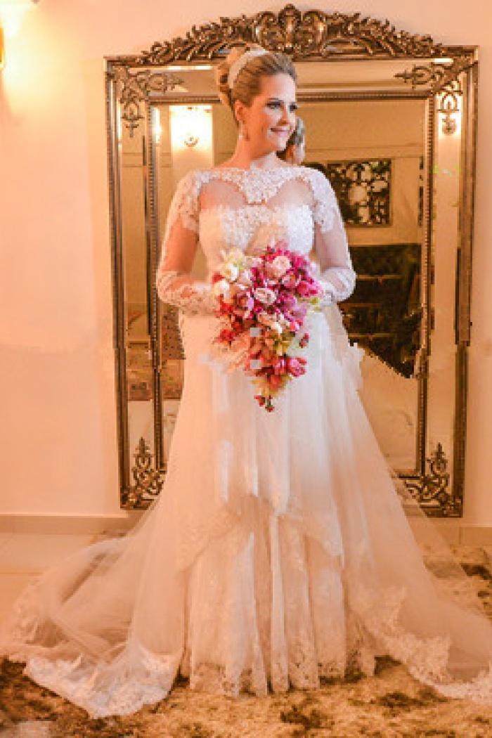Elegant lace plus size wedding dress 2018 long sleeve a line bride elegant lace plus size wedding dress 2018 long sleeve a line bride dresses with long junglespirit Images