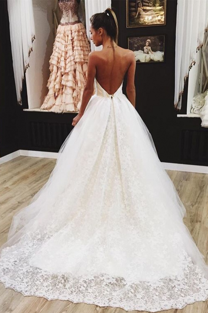 Lovely Backless Wedding Dresses 2018 Lace Tulle Y Bride Dress 0