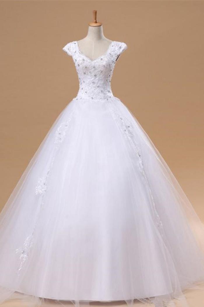 Elegant White Lace Puffy Wedding Dress New Arrival Floor