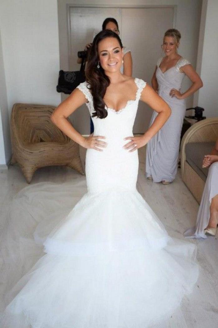 Elegant Lace V Neck Wedding Dresses with Fishtail Open Back Tulle ...