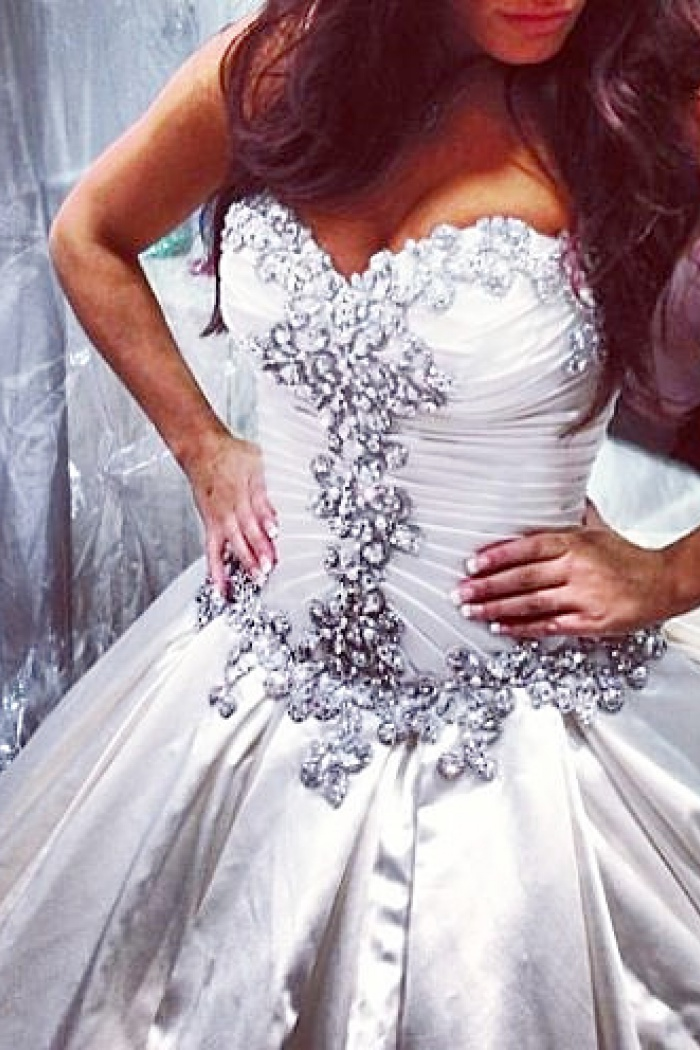 Sweetheart Ball Gown Plus Size Wedding Dresses Crystals Beads Chapel ...