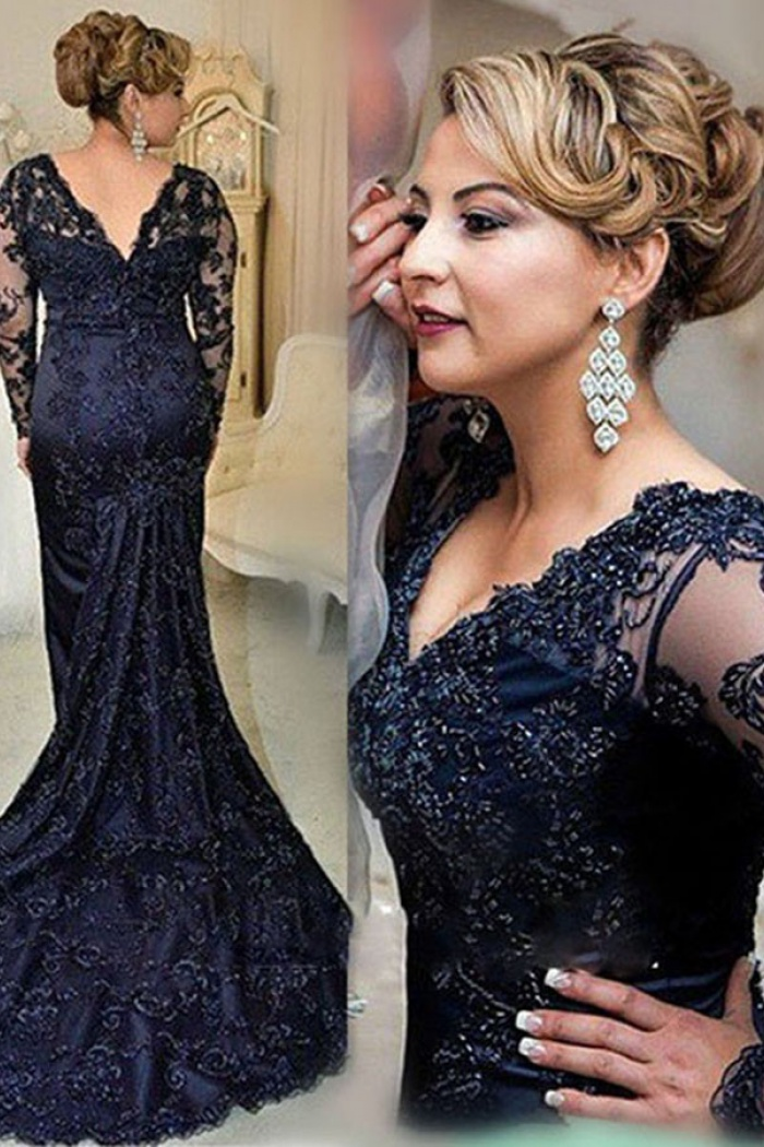 f5a3ff5f9212 Stunning V-neck Long Sleeves Sweep Train Navy Blue Lace Mother of the Bride  Dress